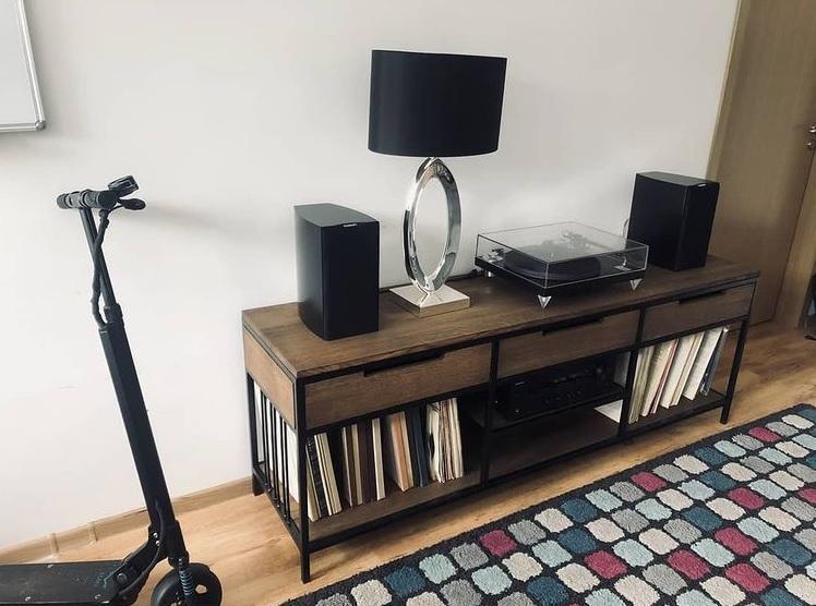 Juga-furniture-baldu-gamyba-vilniuje-tv-spintele-SALI-produktas-3