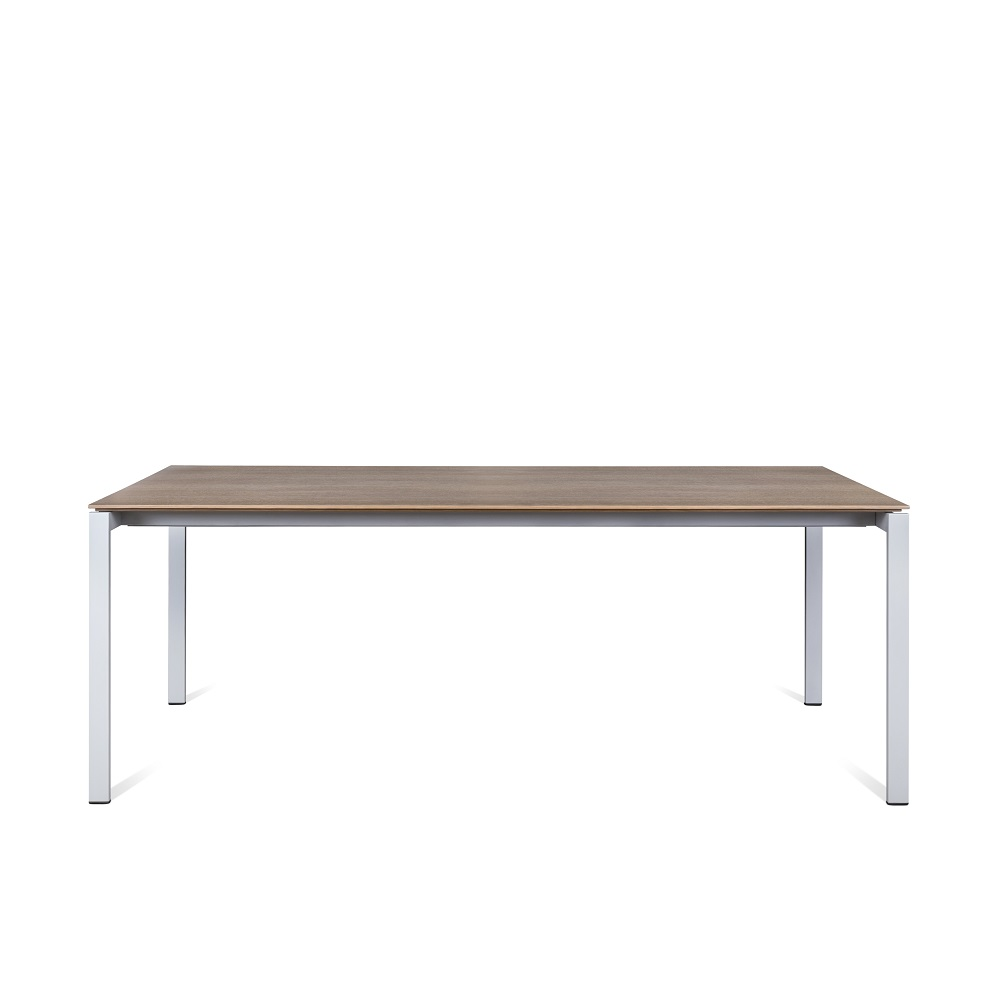 Juga-furniture-baldu-gamyba-vilniuje-valgomojo-stalas-iskleidziamas-MAN-produktas-1