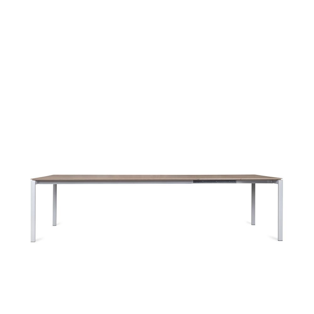 Juga-furniture-baldu-gamyba-vilniuje-valgomojo-stalas-iskleidziamas-MAN-produktas-4