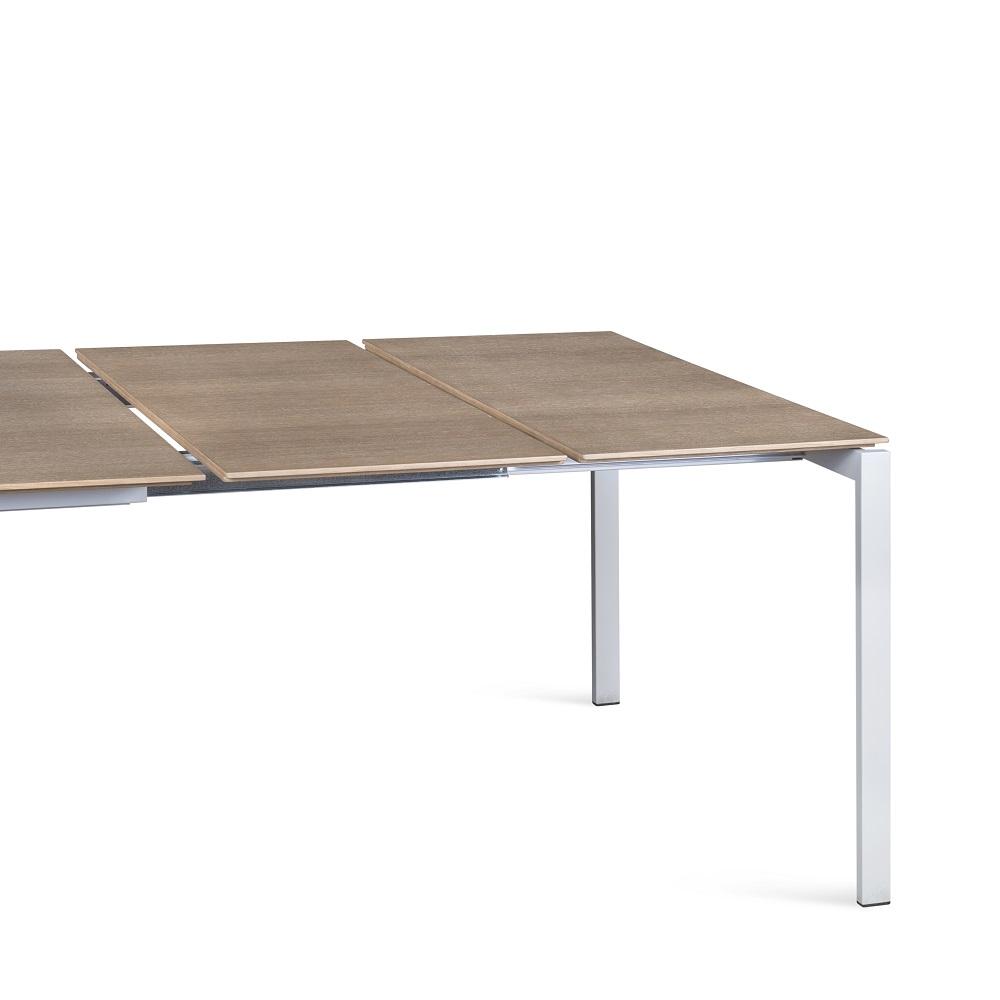 Juga-furniture-baldu-gamyba-vilniuje-valgomojo-stalas-iskleidziamas-MAN-produktas-5
